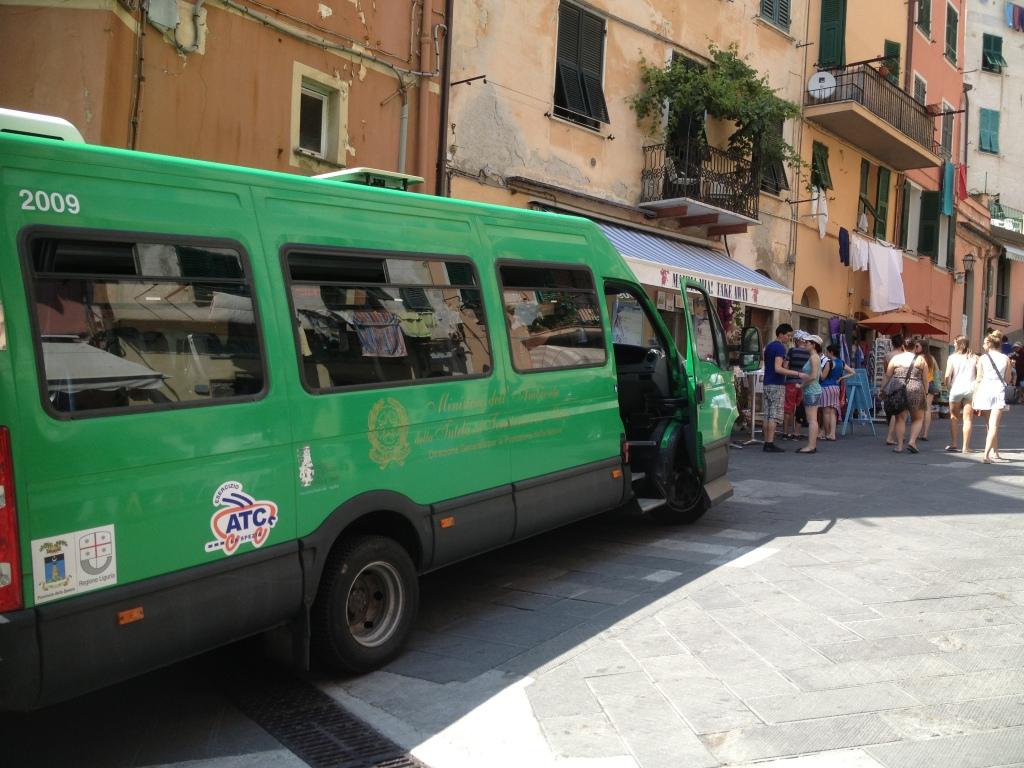 Eco-buses in Riomaggiore, Cinque Terre