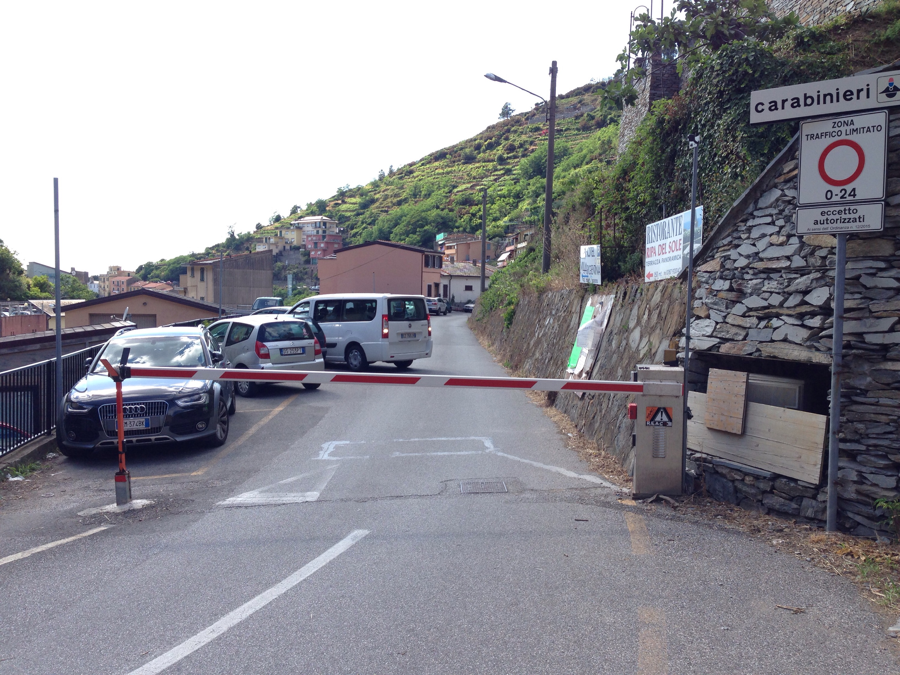 √ How to avoid a €122 parking ticket in the Cinque Terre