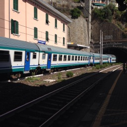 What's the Cinque Terre Express?