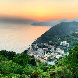 Cinque Terre guided tours & excursions: July 2019